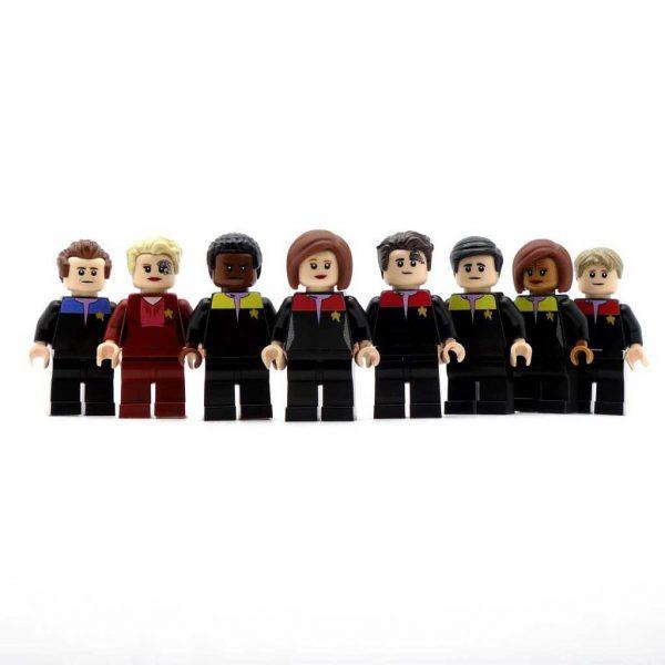 New_Voyager_crew_flesh-1024x1024